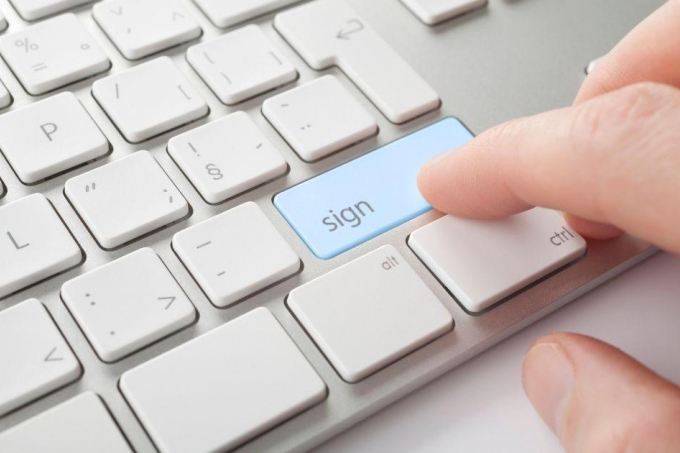 Electronic Signatures: can they be used to sign agreements?
